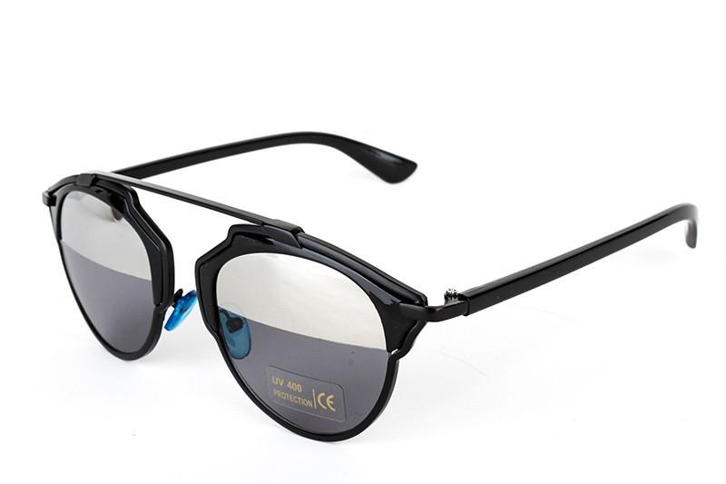Vintage Metal frame Sunglasses for Women and Men GonChas